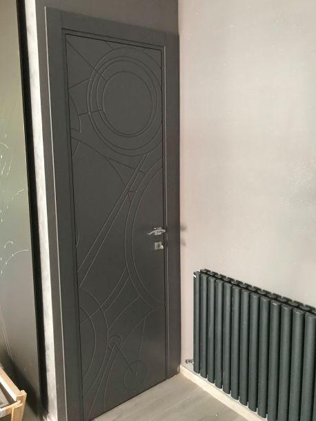 porta battente laccata